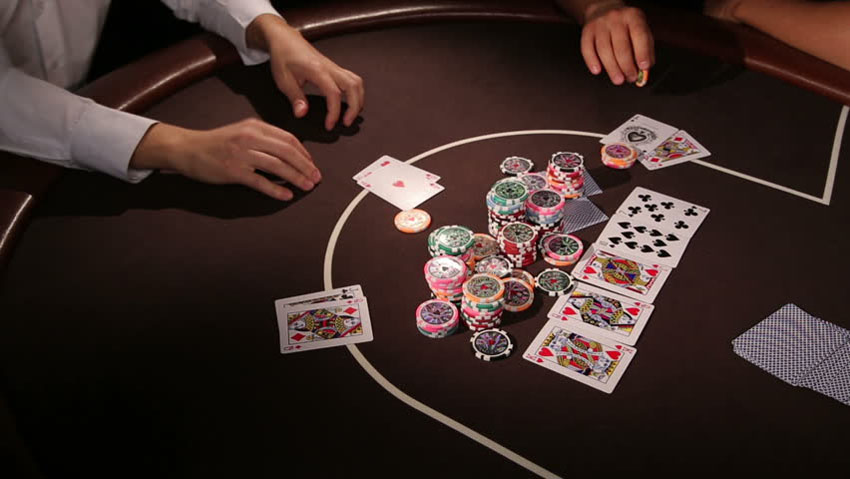 online casino bets or poker
